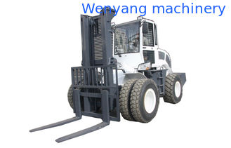 China 6000kg 4WD cross country  hydraulic control forklift truck with air condition supplier