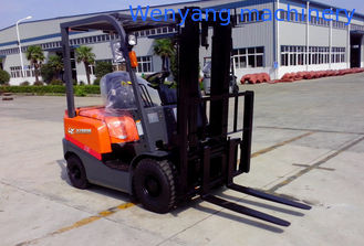 China China made 1.5ton CE certificate ISUZU engine diesel forklift truck counterbalanced power engine forklift supplier