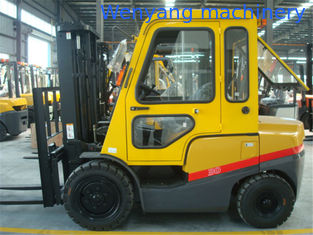 China 3T diesel forklift with cab two stage mast three stage mast with free lifting supplier