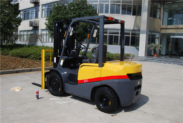 China China 3ton CE certificate ISUZU engine hot sale diesel engine forklift truck factory